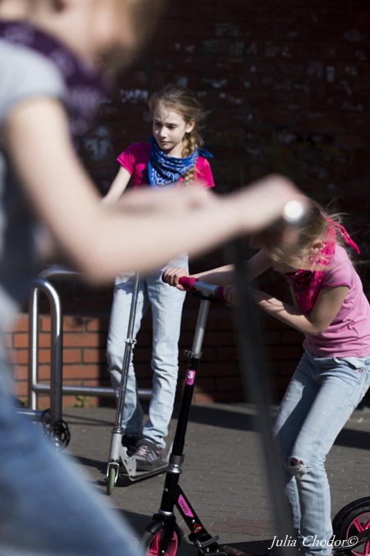 sesja, reportaż fotograficzny z zabawy dzieci. Photo: Julia Chodor